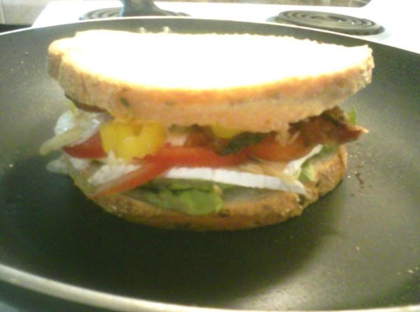Pre heat grill to med low and grill sammie.