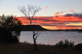 Photo: Uitzicht over Lake Gariep in Zuid Afrika