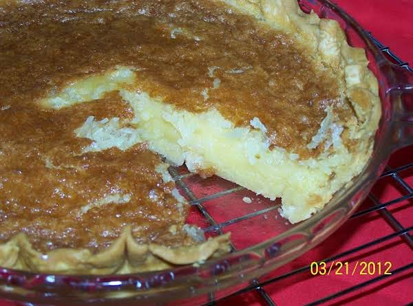 Coconut Macaroon Pie Recipe