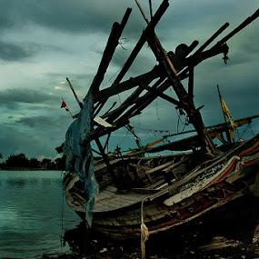 Wasted by Purnawan  Hadi - Transportation Boats