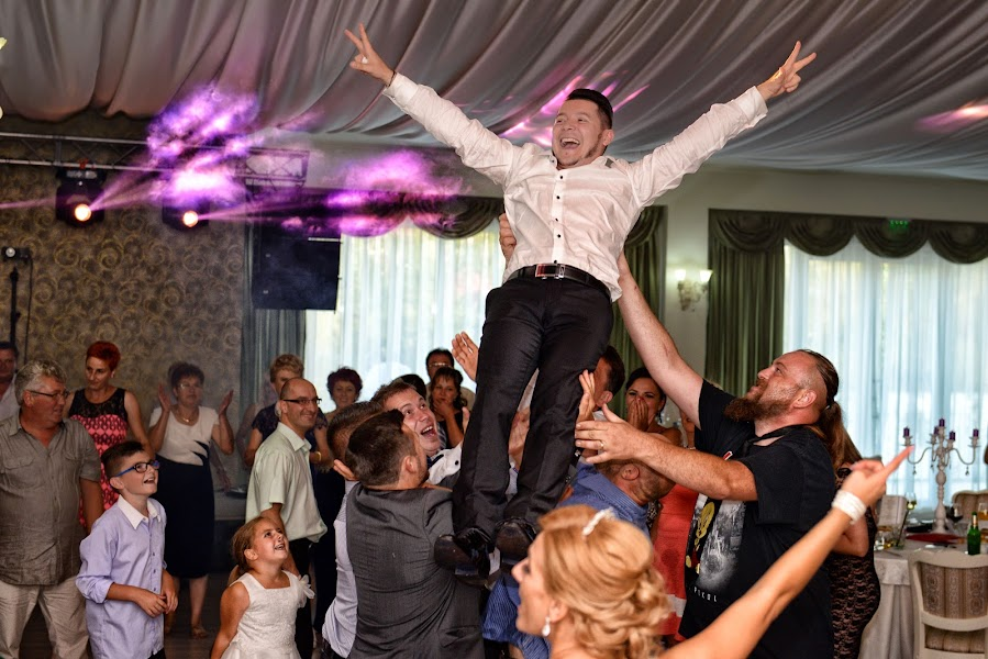Wedding photographer Vlad Axente (vladaxente). Photo of 04.05.2016