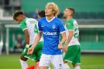 Bloed, zweet en tranen voor KRC Genk, maar de Limburgers halen het wel in de Europa League na een doelpunt van Onuachu in het absolute slot
