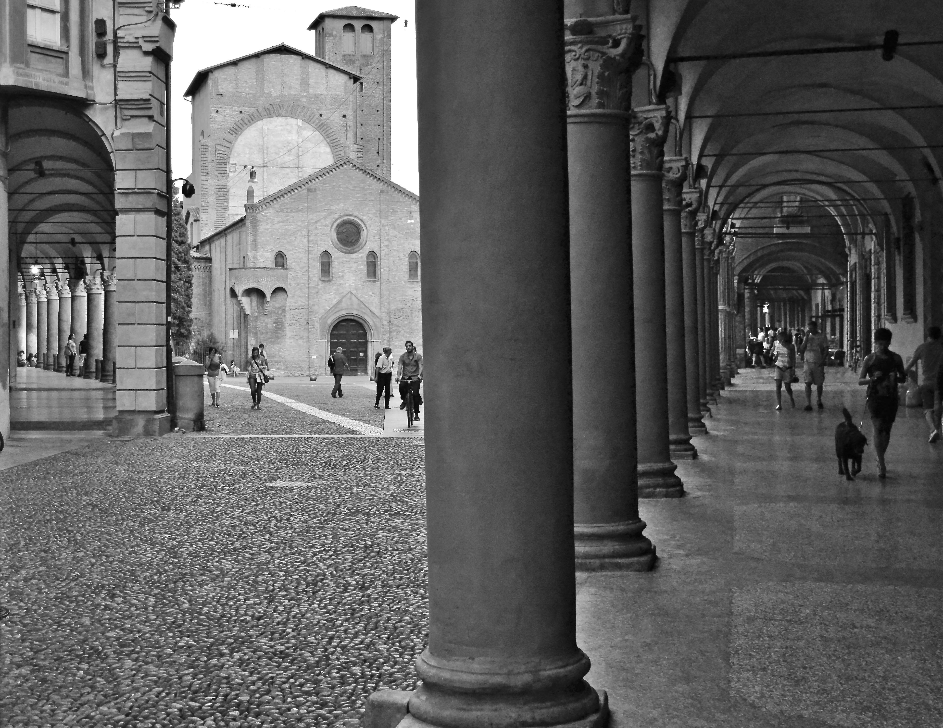 Bologna piazza S.Stefano di giuseppedangelo