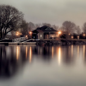 chilly by Otto Mercik - City,  Street & Park  City Parks ( park, night, city, mist, lights )