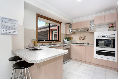 Photo of property at 9 Rossiter Avenue, Roxburgh Park 3064