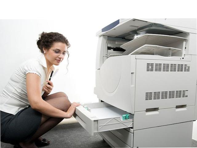 Để chống kẹt giấy cho máy photocopy, các bạn hãy đặt giấy đúng vị trí