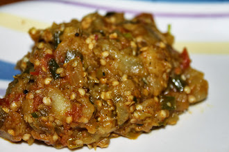 Photo: It looks humble but tastes fancy. Bharit is most of Maharashtrian people's favourite. Roast a large eggplant on direct gas flames, remove the skin and mash it, then fry with onion, tomato and some masala. It remains seldom, but I like to utilize it for pizza topping next day. 28th October updated (日本語はこちら) -http://jp.asksiddhi.in/daily_detail.php?id=345