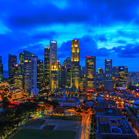 by J W - City,  Street & Park  Skylines ( pwcskylines, garyfonglandscapes, holiday photo contest, photocontest, , city, night, Urban, City, Lifestyle, mood factory, color, lighting, moods, colorful, light, bulbs, mood-lites, city at night, street at night, park at night, nightlife, night life, nighttime in the city )