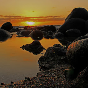 still sun by Ruari Plint - Landscapes Beaches ( rockpools, sea, sunrise, warm colours, beach,  )