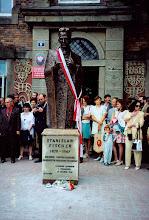 Photo: Czerwiec 1997, jubileusz 50-lecia, odslonięcie pomnika S. Fischera autorstwa Cz. Dźwigaja