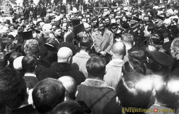 Приїзд єпископа Полікарпи Петра Сікорського до Луцька. Квітень 1932 р.