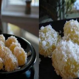 Pichi Pichi - Cassava (Filipino Recipe).