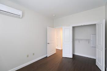 Go to Park St - 1 Bed, 1 Bath Floorplan page.