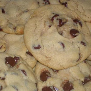 Happy Vegan Chocolate Chip Cookies