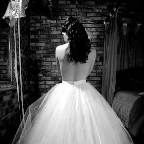 Hesitant by Swan Photography - Wedding Getting Ready ( , Wedding, Weddings, Marriage )