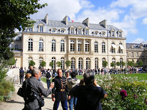 Photo: Finally approaching the Palace itself, with unfortunately a bit of another line before entering. The Palace had a number of owners and occupants after its completion in 1722 for the Count of Evreux, including the Marquise de Pompadour, Nicolas Baeujon, and the Duchess of Bourbon. It was also the property of a number of French rulers, including Louis XV, Louis XVI. Napoleon I, Louis XVIII, Louis-Phillipe, and Napoleon III - and was also occupied by Tsar Alexander I after his victory in the 1814 Battle of Paris.