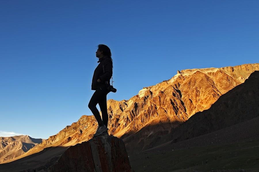 by Jasminder Oberoi - Landscapes Sunsets & Sunrises ( canon 5d mark ii, canon, workshop, himachal pradesh, incredible india, jammu and kashmir, ladakh, places, travel, nomadic ladakh, leh, light chasers, blue sky, golden hills, blue, photo tour, klik, sarchu, india, bliss, masterclass, jas fotography )