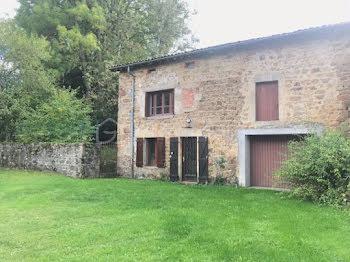 maison à Sauxillanges (63)