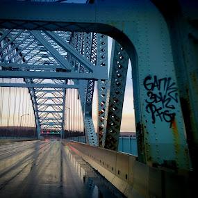 pont sur l'eau by Mason Ablicki - Buildings & Architecture Bridges & Suspended Structures (  )