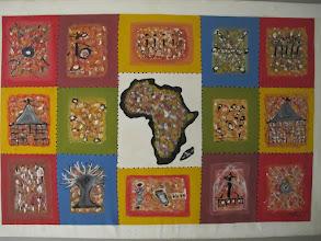 Photo: Sn3S0012-Dakar Pouponnière, 'Afrique', panneau décoratif, étage des chambres IMG_0199