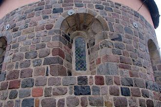 Photo: Romańskie okna kościoła p.w. św. Mikołaja