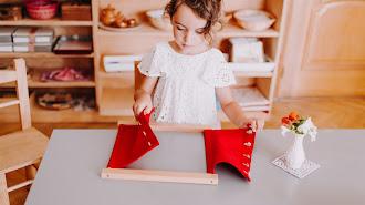 Materiales manipulativos utilizados en el Método Montessori.