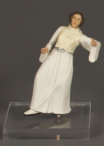 Action figure:Star Wars Power of the Jedi: Princess Leia - Swing to Freedom