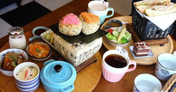 宜蘭羅東美食: 日暮和風洋食館~好拍乾燥花牆與豐盛美味日式烤飯糰早午餐