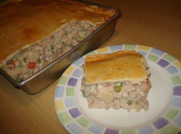 Brazilian Tuna Pot Pie, Empanada De Tuna Brasilera
