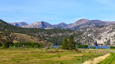Photo: Gates of the Mountains Wilderness - Willow Mountain on left horizon, Upper Holter Lake, entrance to Gates of Mountains Recreation Area (canyon) on right side of lake
