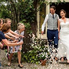 Wedding photographer Louise van den Broek (momentsinlife). Photo of 25.10.2017