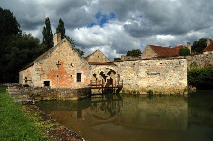 Saluti dalla Borgogna... di Federico Faletto