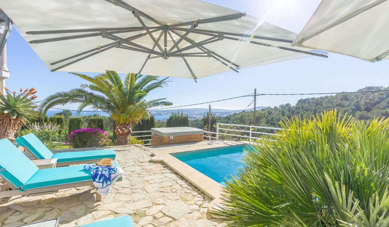 Villa avec piscine en bord de mer Costa d'en Blanes