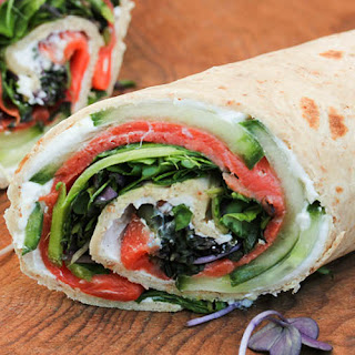 Low Carb Smoked Salmon Wraps with Radish Sprouts Recipe