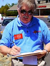 Photo: Jim Latham (AF6AQ) visiting.