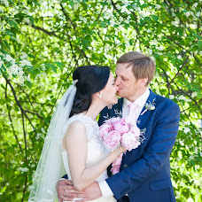 Wedding photographer Irina Pospelova (vmestefilm). Photo of 04.05.2015