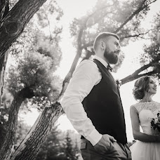Wedding photographer Margo Ishmaeva (Margo-Aiger). Photo of 09.09.2018
