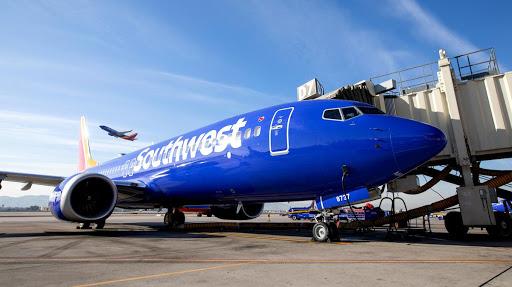 Southwest Airlines Flight Attendant Sues Airline Over Husband's Death (Update: Case Dismissed)