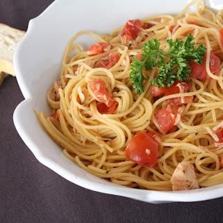 $4 Spaghetti with Fresh Roasted Garlic Pomodoro Sauce