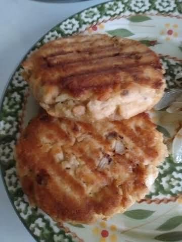 Healthier Salmon Cakes