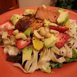Salmon Cold Noodle Bowl with Baked Vegetable Wontons