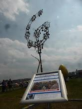 Photo: Wind Art Travemünde, kinetische Kunst, Windblüte, Projektleitung M.Siakkou Flodin