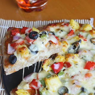 Veggie Lovers Pizza – How to make a Vegetarian Pizza