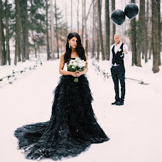 Wedding photographer Denis Ermolaev (Den4ik18). Photo of 16.12.2015