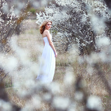 Wedding photographer Alesya Kharchenko (Alesya2803). Photo of 01.04.2015