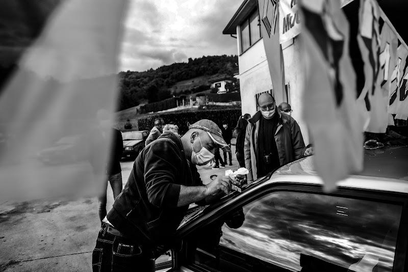 Raduni di auto ai tempi del Covid  di Renata Roattino@jhonninaphoto