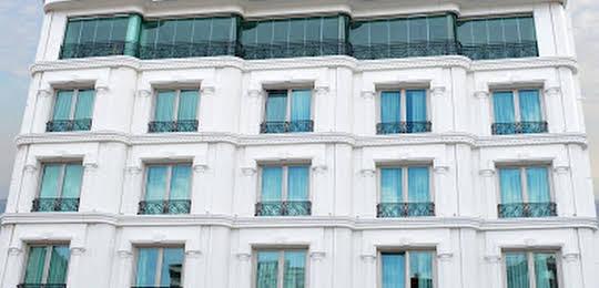 The Grand Mira Hotel