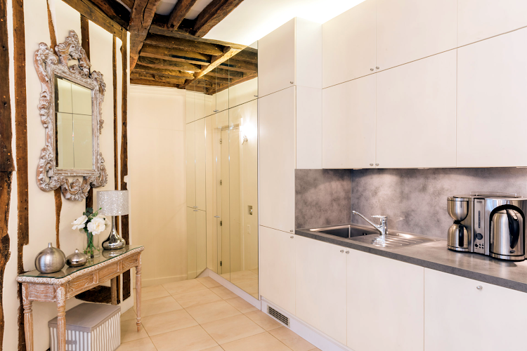 Fully equipped kitchen at Saint-Peray Apartment