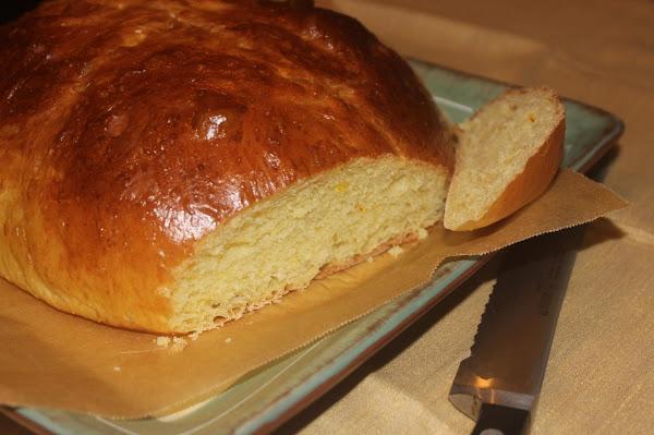 Swiss - Fribourg-style Cuchaule: Saffron Bread Recipe