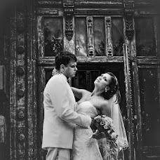 Свадебный фотограф Антон Бронзов (Bronzov). Фотография от 03.12.2013